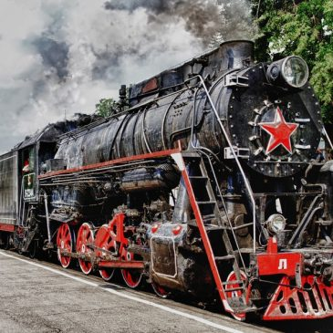 Tours to Karelia on retro steam train