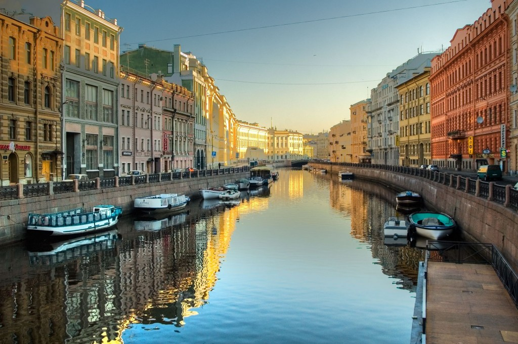 Saint-Petersburg tours