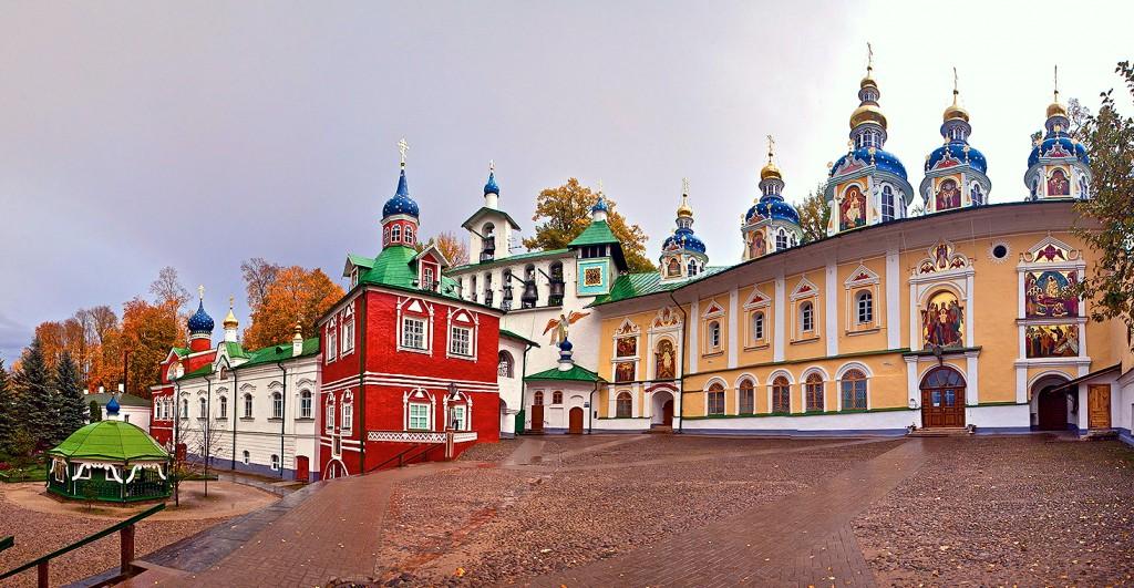 Pskovo Pecherskiy mens monastery