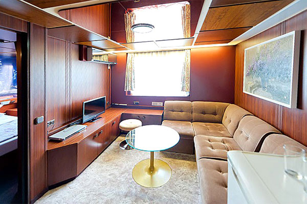 ship-interior-1